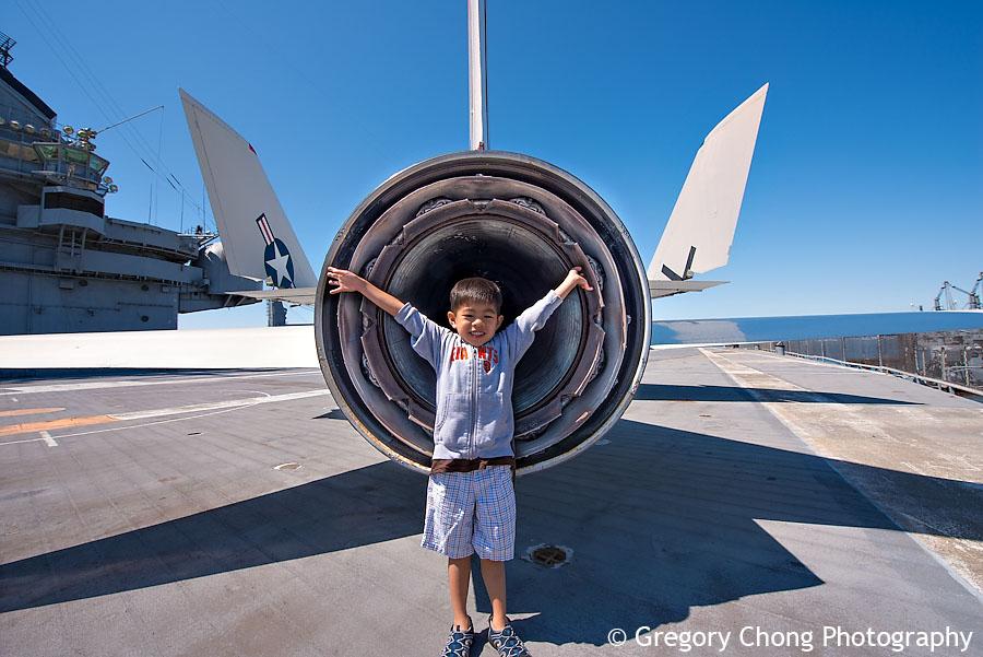 D800_004514-USSHornetAircraftCarrier-blog