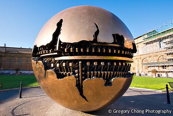 D800-023822-PineConeCourtyard-VaticanMuseum-blog