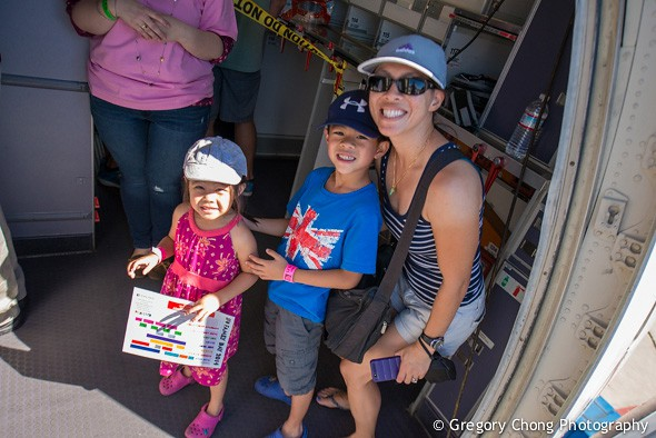 D800_025457-UnitedAirlinesFamilyDay-October2014-blog