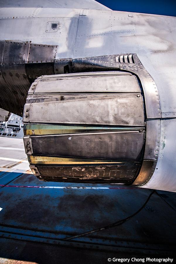 D800_004505-USSHornetAircraftCarrier-blog
