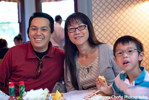 D800_011363-MothersDay2013-blog