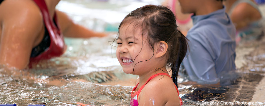 D800_017341-HayleyFirstSwimClass-blog