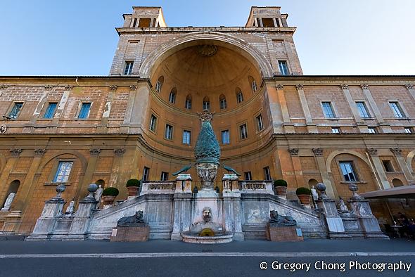 D800-023810-PineConeCourtyard-VaticanMuseum-blog